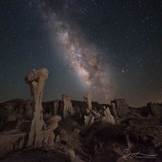 Ah-she-sle-pah, Bisti Badlands, New Mexico, astrophotography, Milky Way, Valley of Dreams, landscape, stars, rock formations