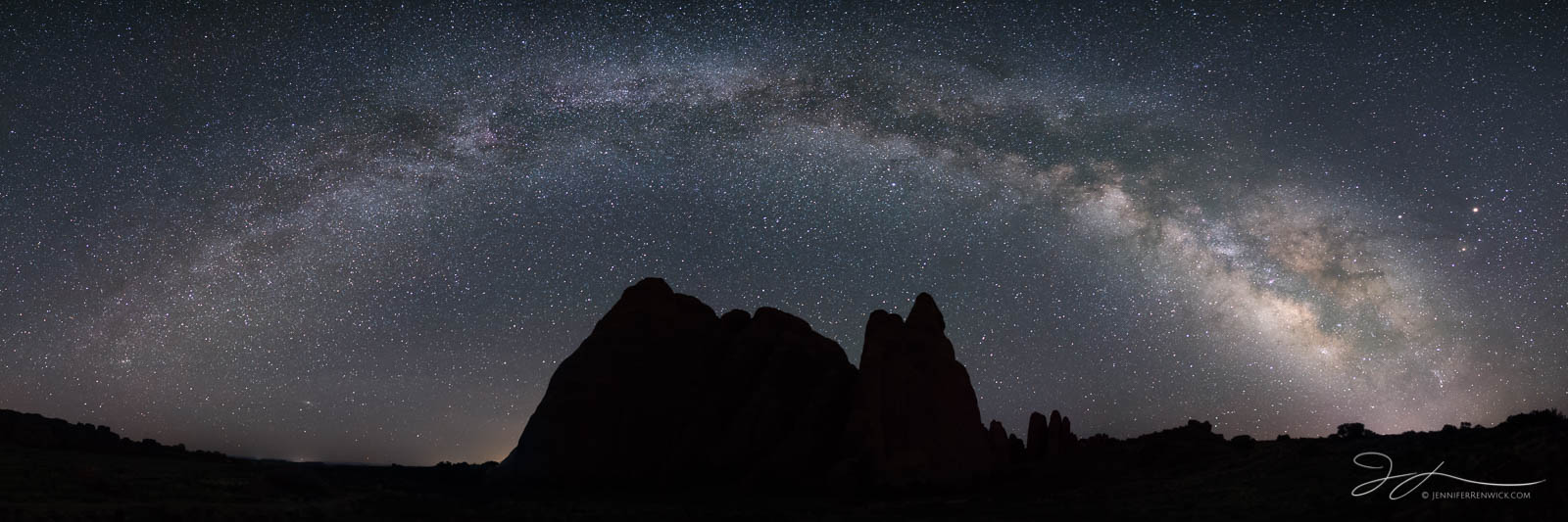 Arches national park, Utah, astrophotography, summer, desert, night photography, sandstone, stars, Milky Way Panorama, arc of the Milky Way, The Fins, photo